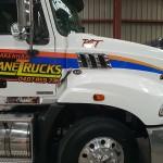 pakenham-crane-truck-mack-granite